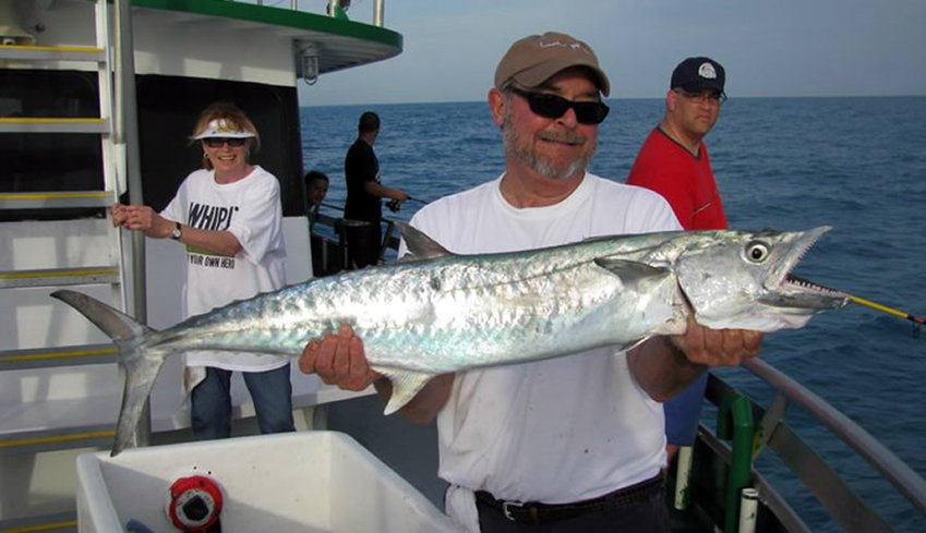 Marathon lady the finest party boat fishing in the for Party boat fishing florida
